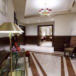 Recibidor salones privados Taberna Del Arco Oviedo